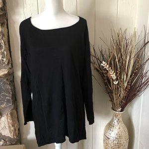 Women plus size Belldini long sleeve black top 3x